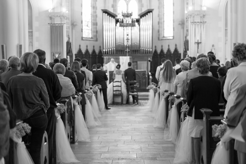 Photo de mariage dans une église en Vendée Malory et Richard